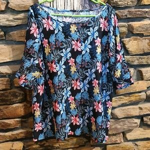 Size XL bright colourful floral top